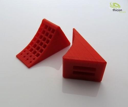 Wielblokken rood met zwarte houder   2 stuks