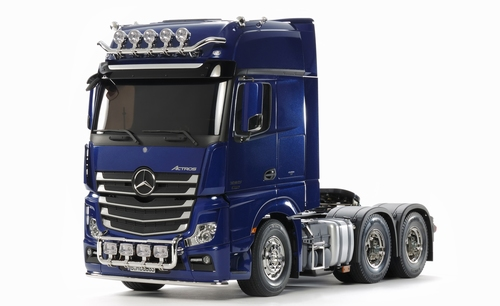 Mercedes-Benz Actros 3363 Pearl Blue Edition  1/14