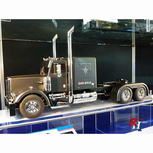 Grand Hauler Matte Black Edition  1/14